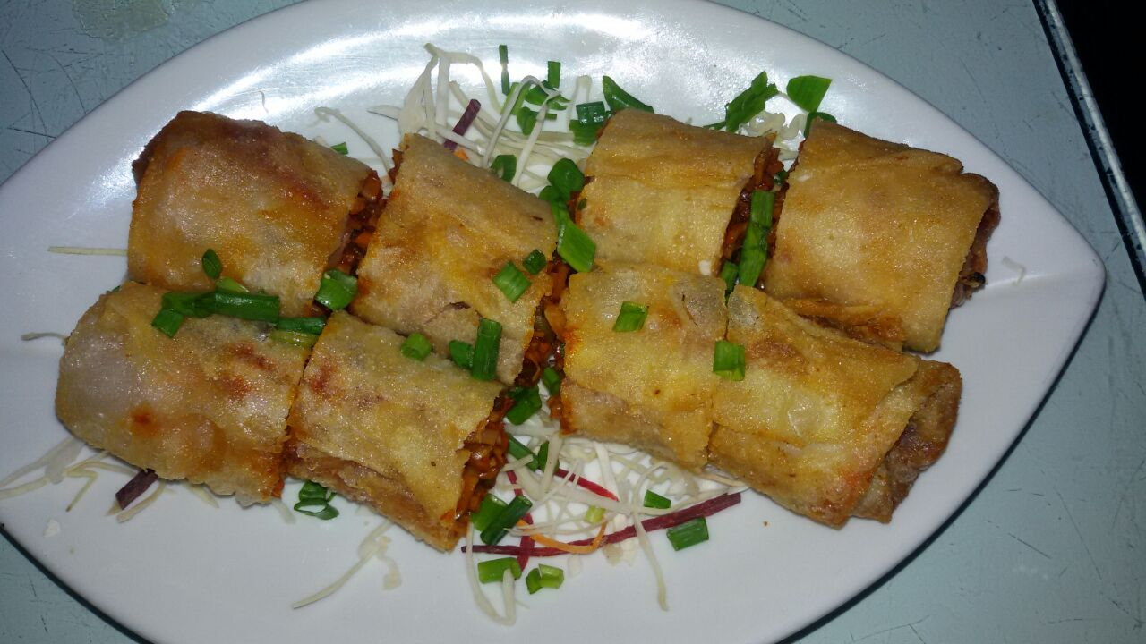 Chinese Vegetable Spring Roll - Bombay Chili