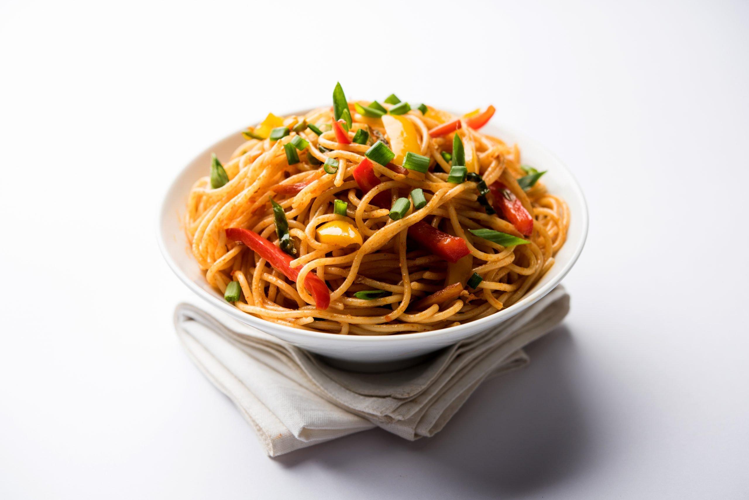 Schezwan Noodles - Bombay Chili
