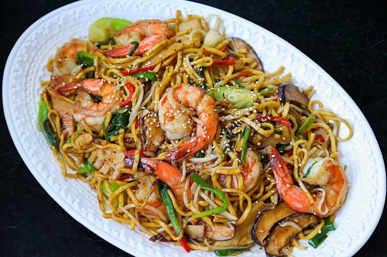 Prawns Noodles - Bombay Chili